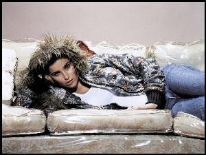 Nelly Furtado, Sofa