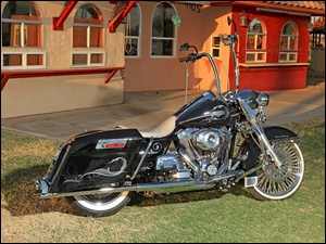 Harley-Davidson, Road-King 2012