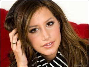 zmysłowa, Ashley Tisdale
