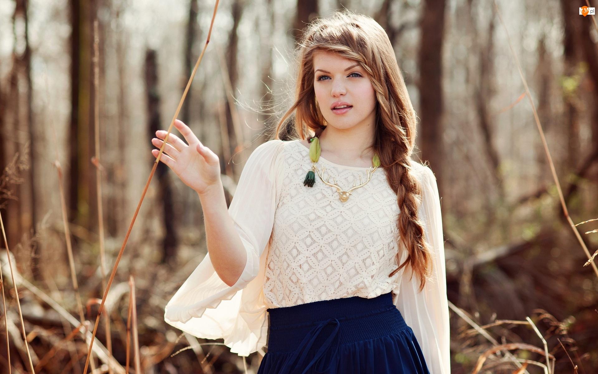 Русские девочки в лесу 10 фотография