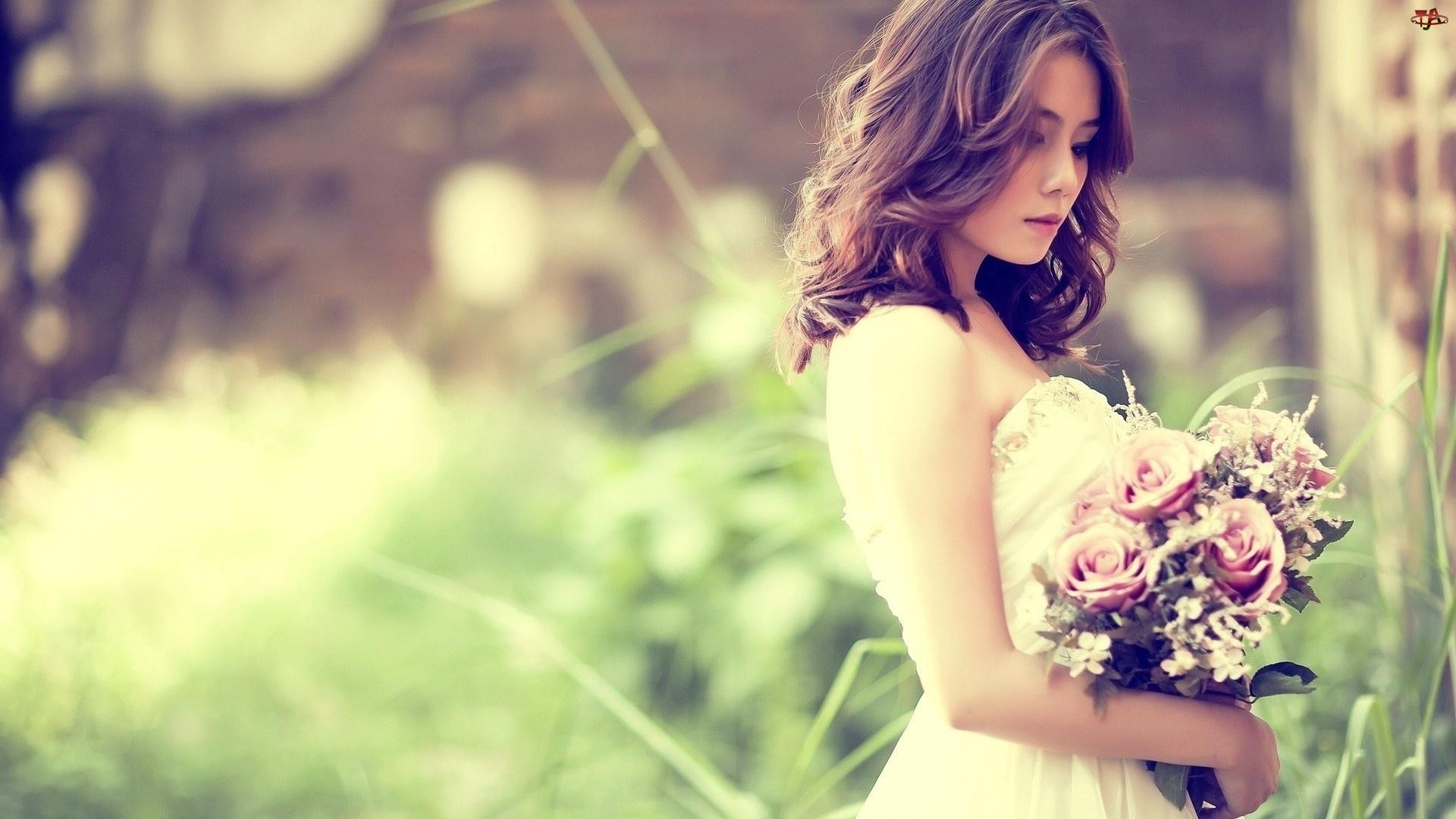 Dziewczyna, Bukiet Kwiat�w
