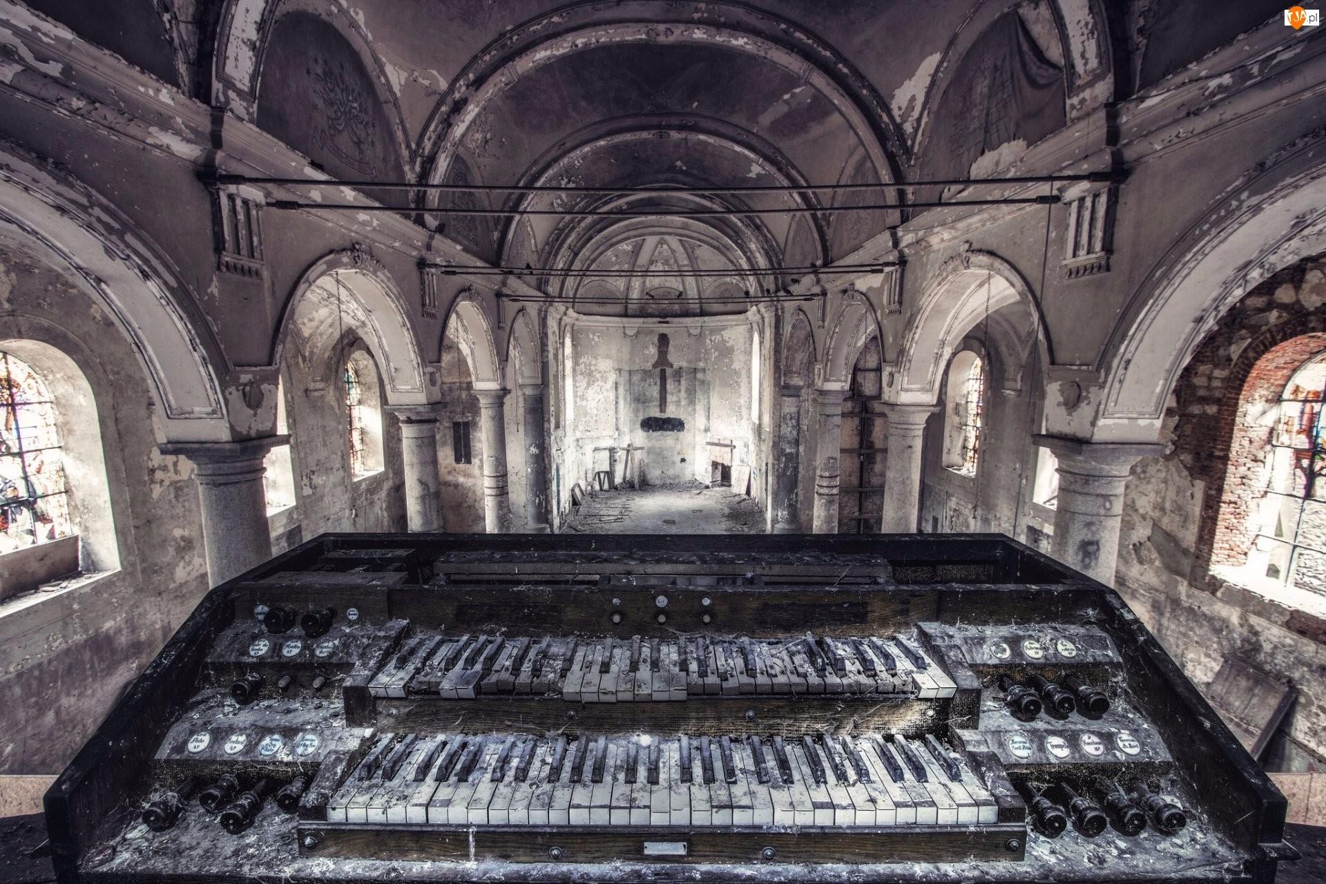Organy, Ruina