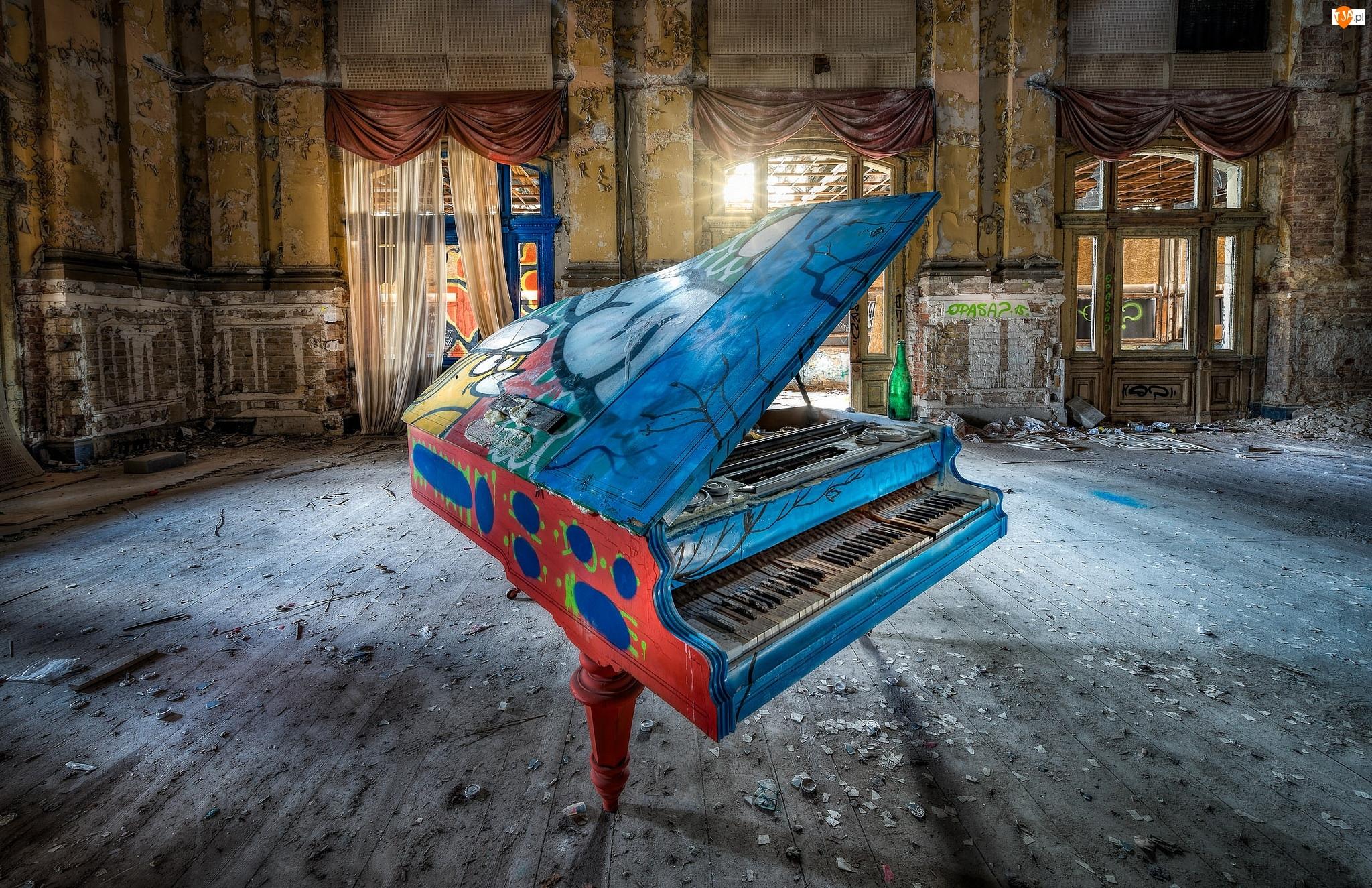 Fortepian, Wnętrze, Ruina