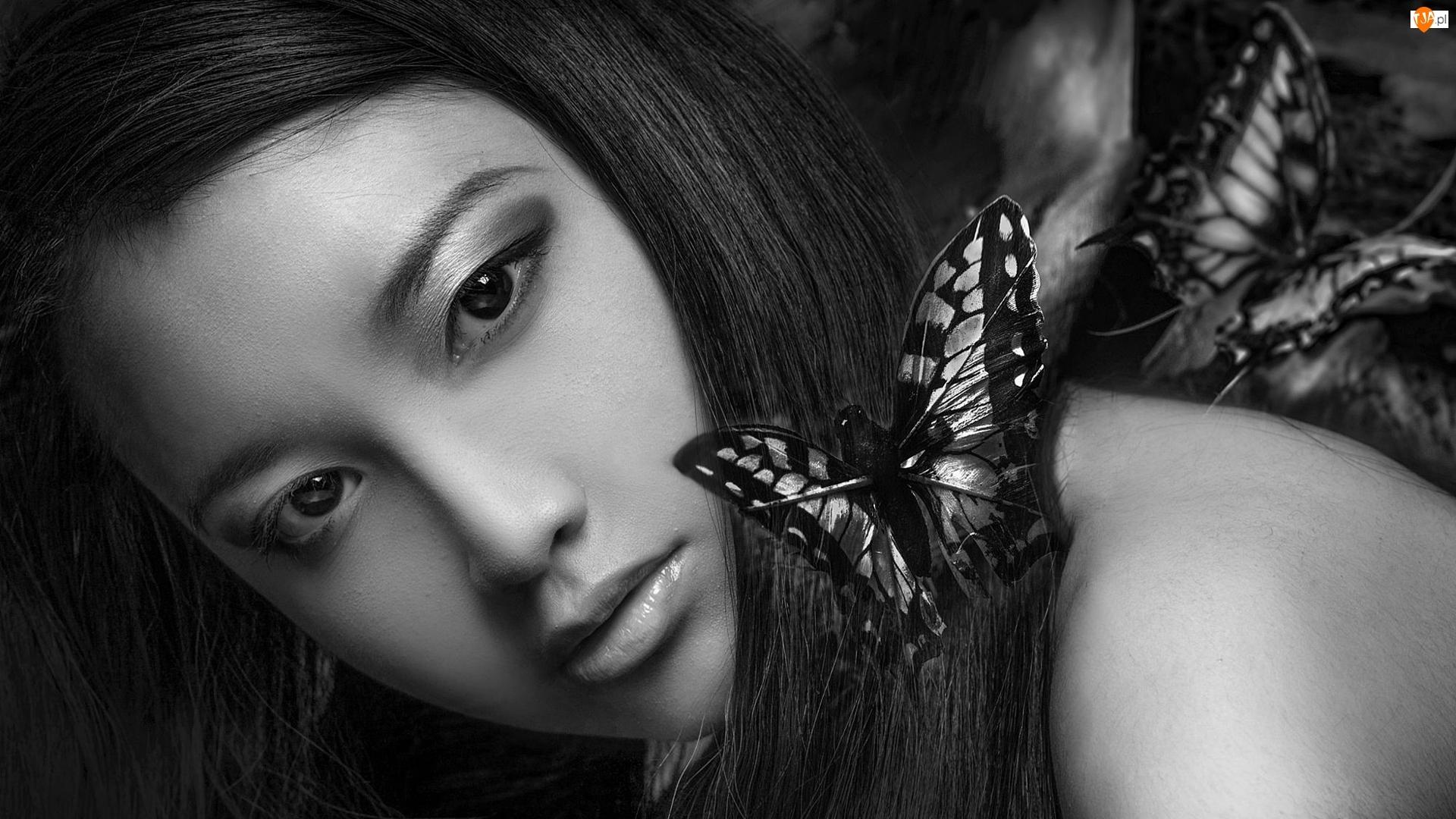 Czarno-Białe, Kobieta, Motyle