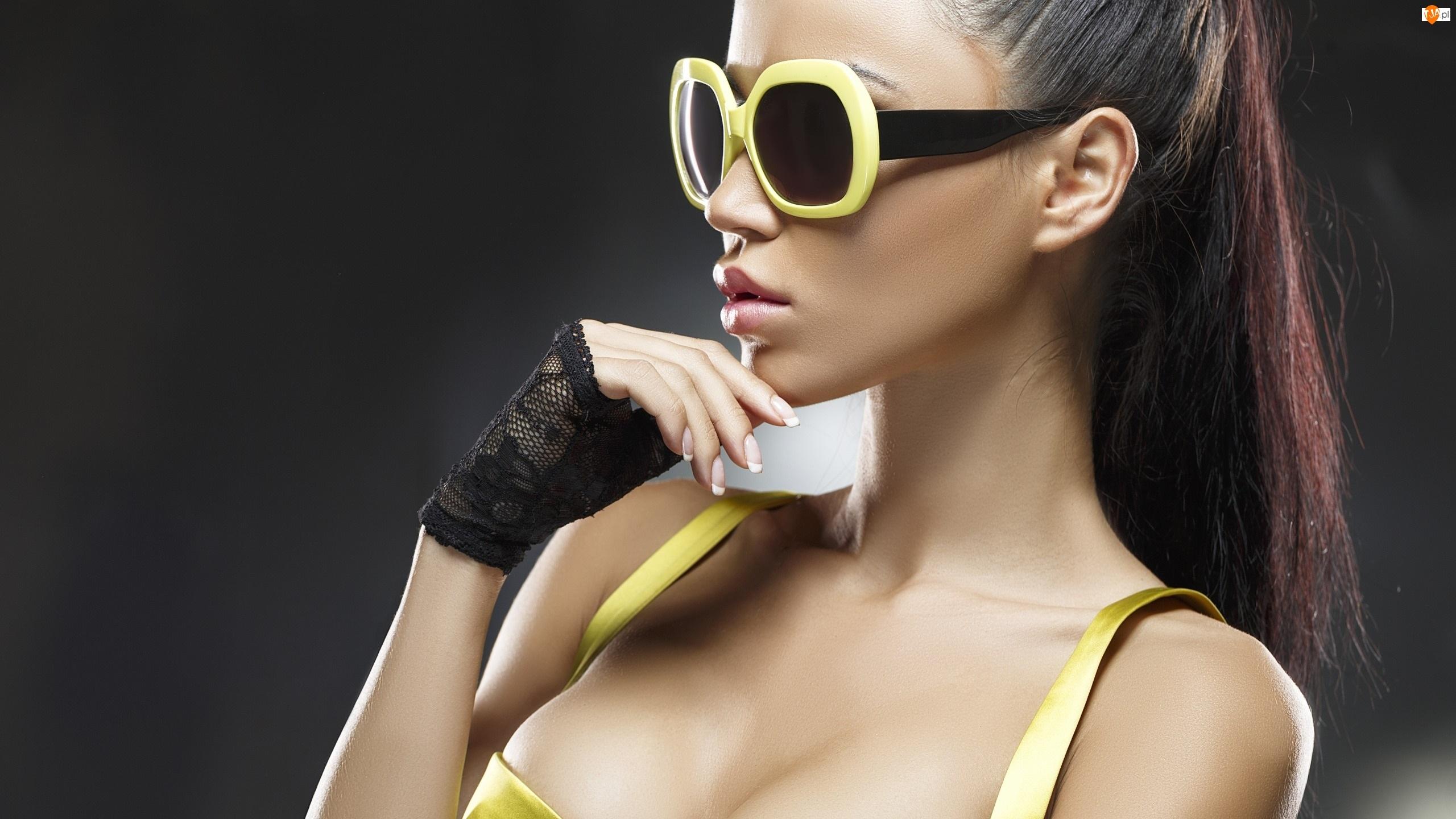 Kobieta, Okulary, Brunetka, Żółte