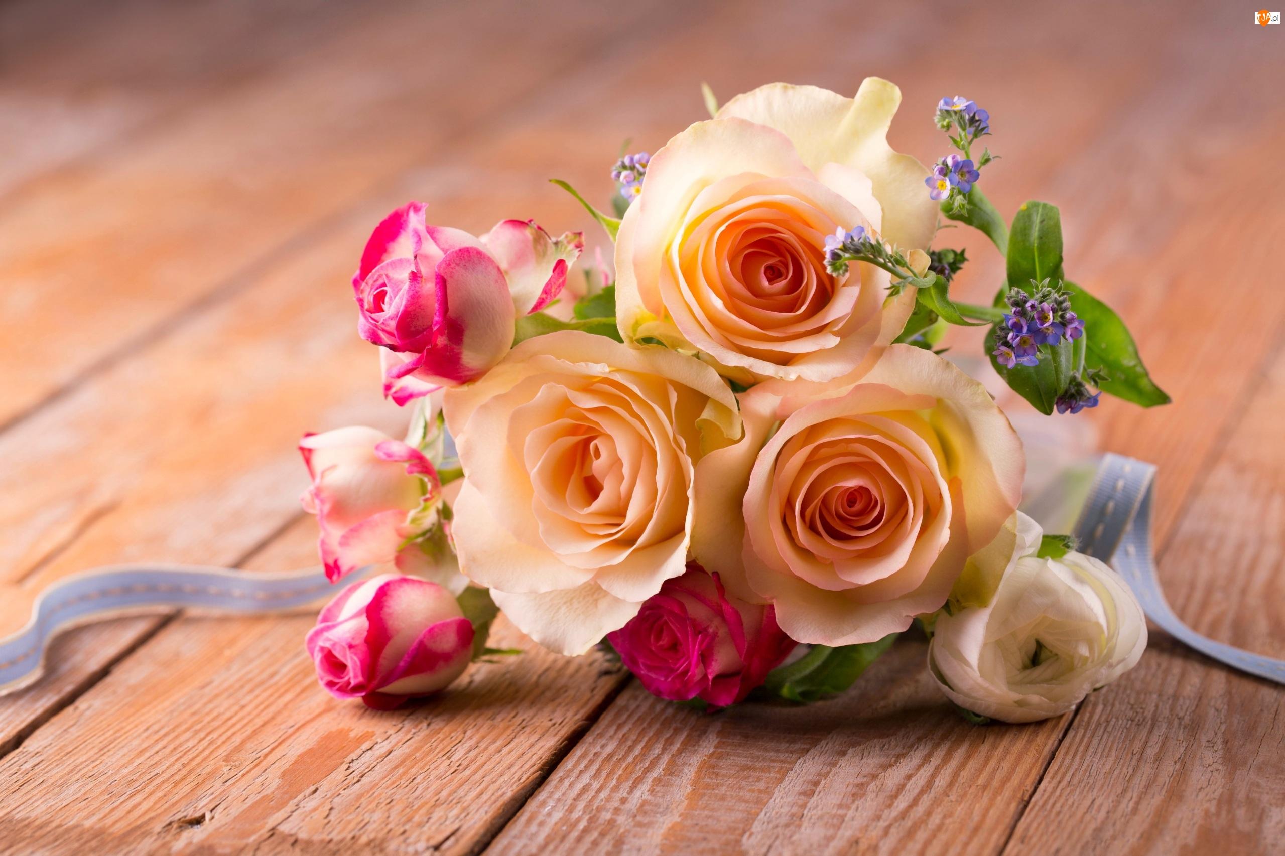 Wstążka, Bukiet kwiatów, Róże