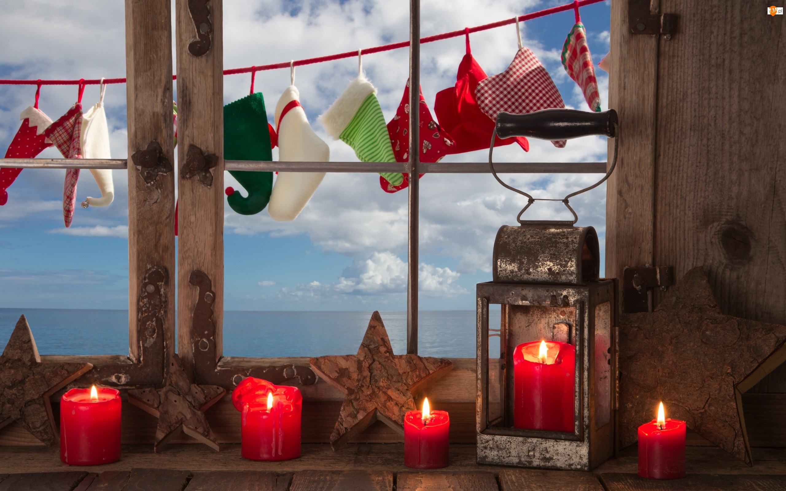 Kompozycja, Morze, Świeczki, Czerwone, Świąteczna, Okno, Chmury Lampion
