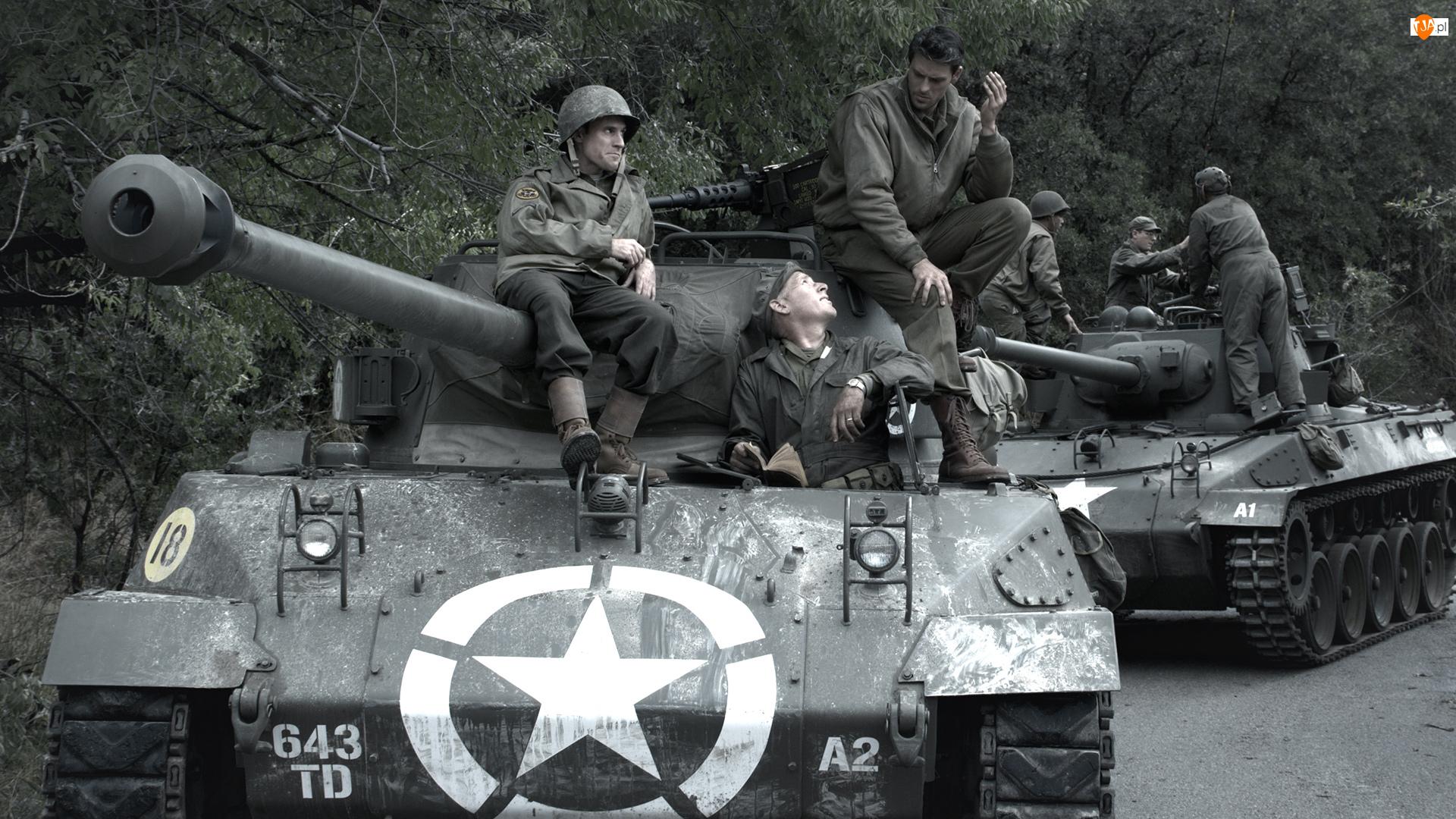 Film, Żołnierze, Święci i żołnierze : Ludzie nieważni, Czołgi