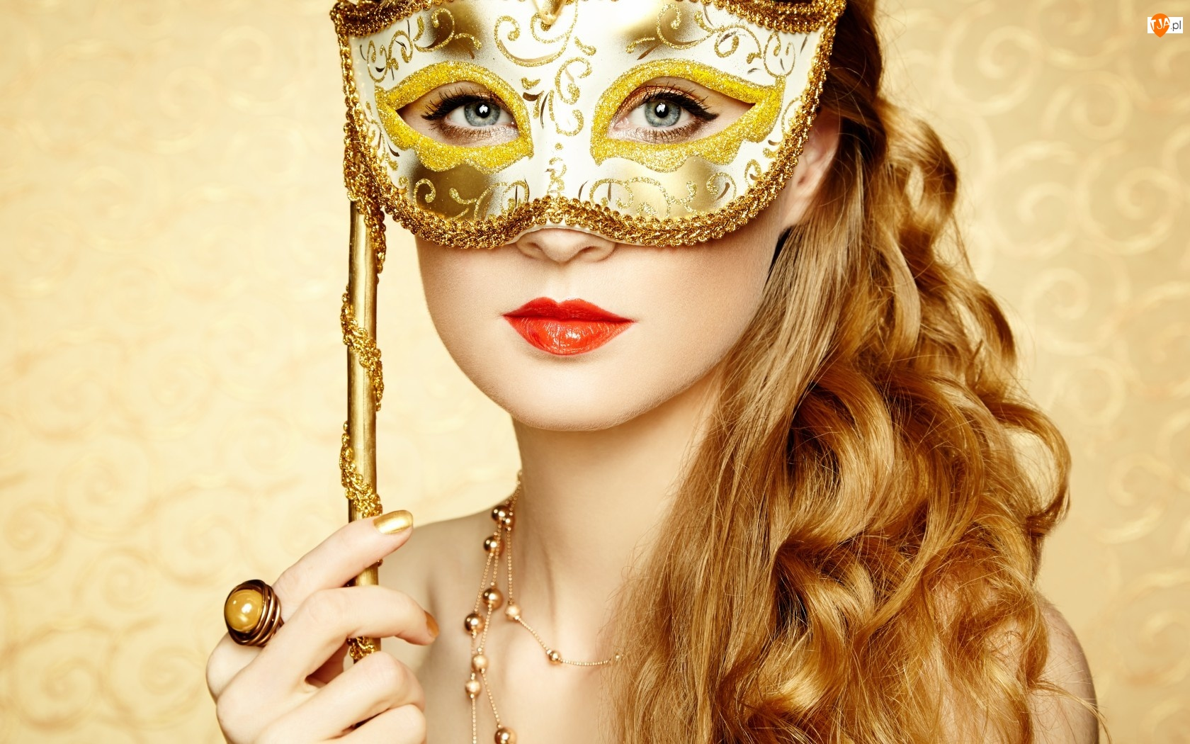 Biżuteria, Kobieta, Maska, Spojrzenie, Makijaż