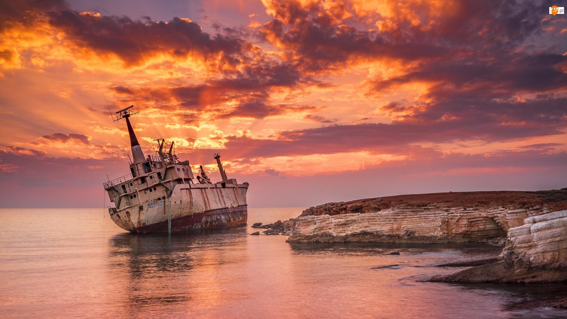 Statek Edro III, Zachód słońca, Wrak, Morze