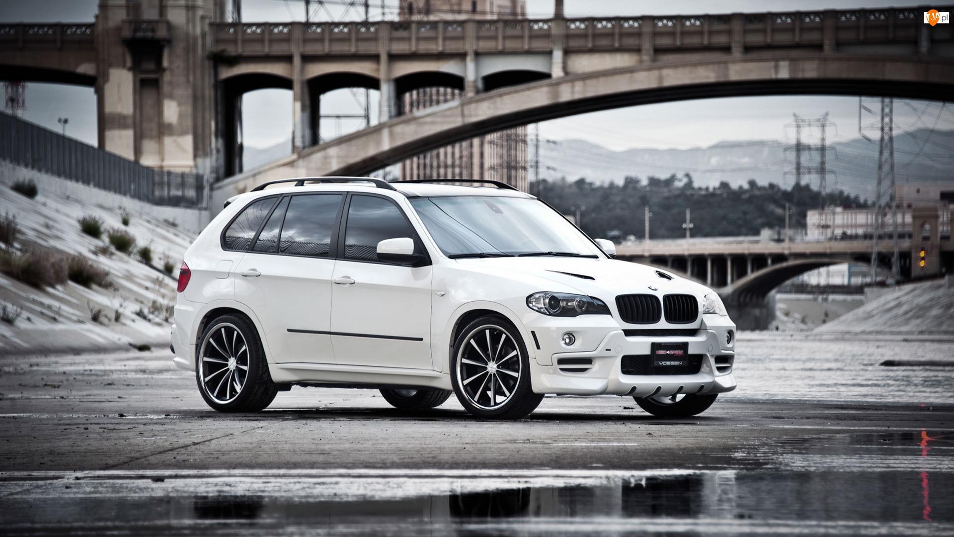 Most, Białe, BMW X5 E70