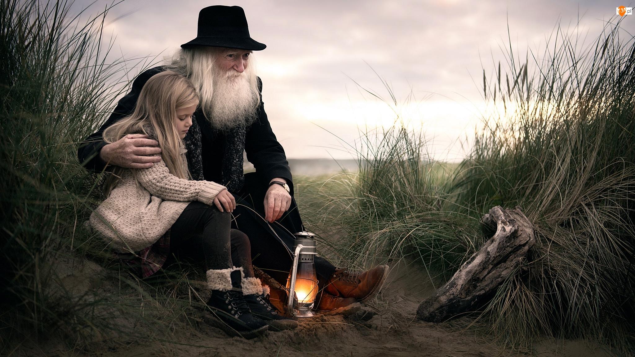 Dziadek, Trawy, Dziewczynka, Lampa