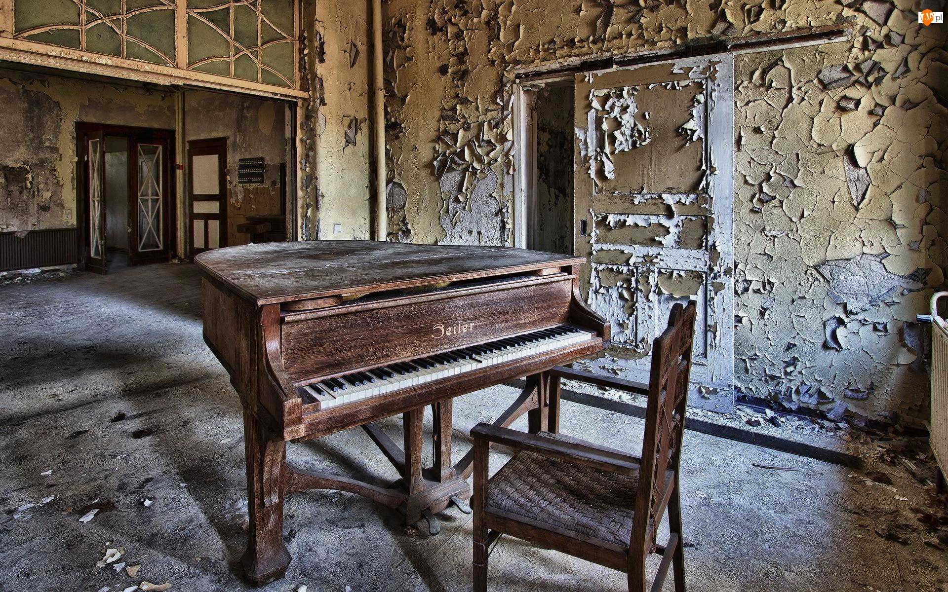 Fortepian, Zaniedbany, Pokój