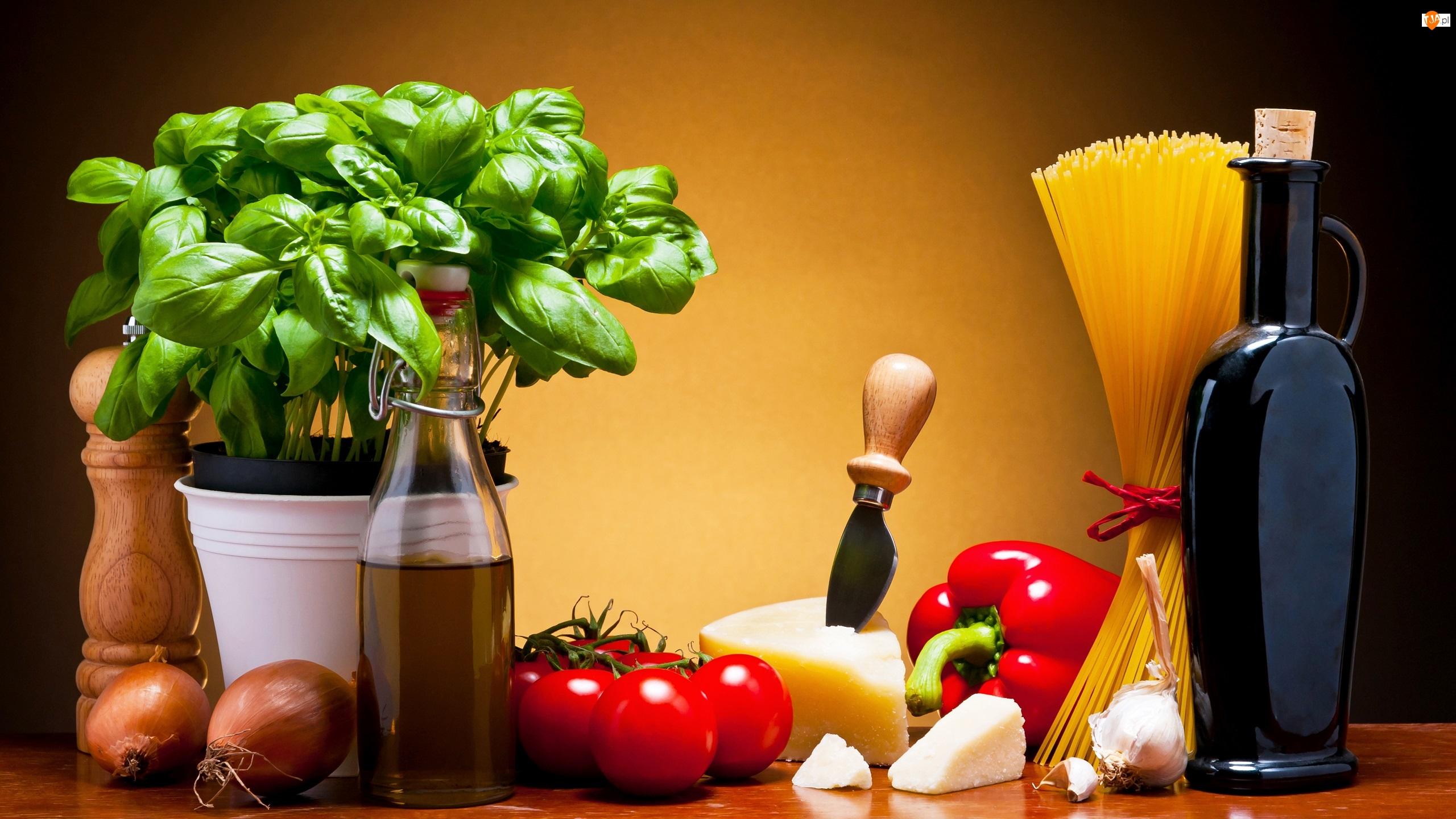 Makaron, Oliwy, Papryka, Pomidory, Produkty, Cebule, Bazylia