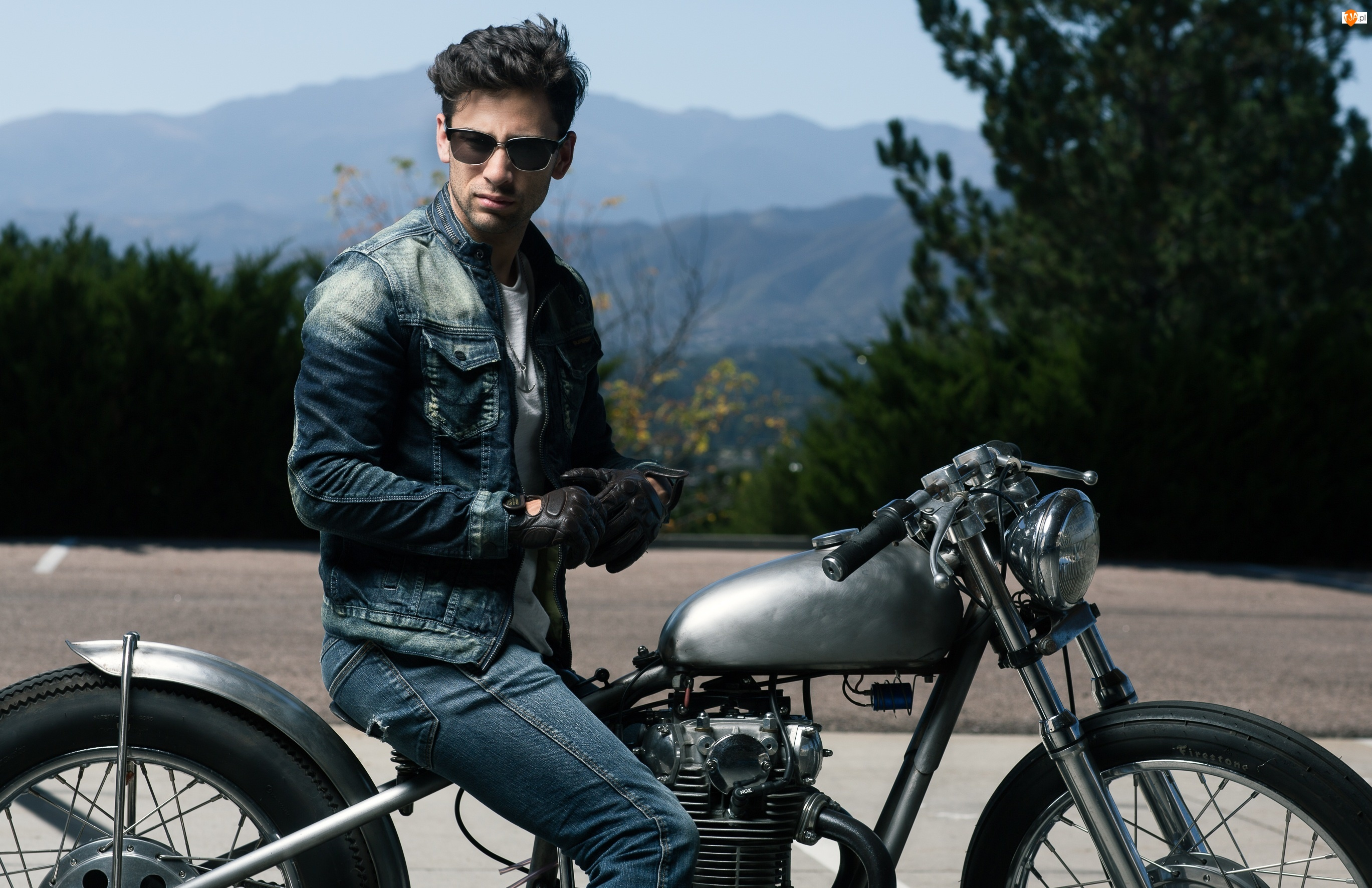 Motocykl, Mężczyzna, Okulary