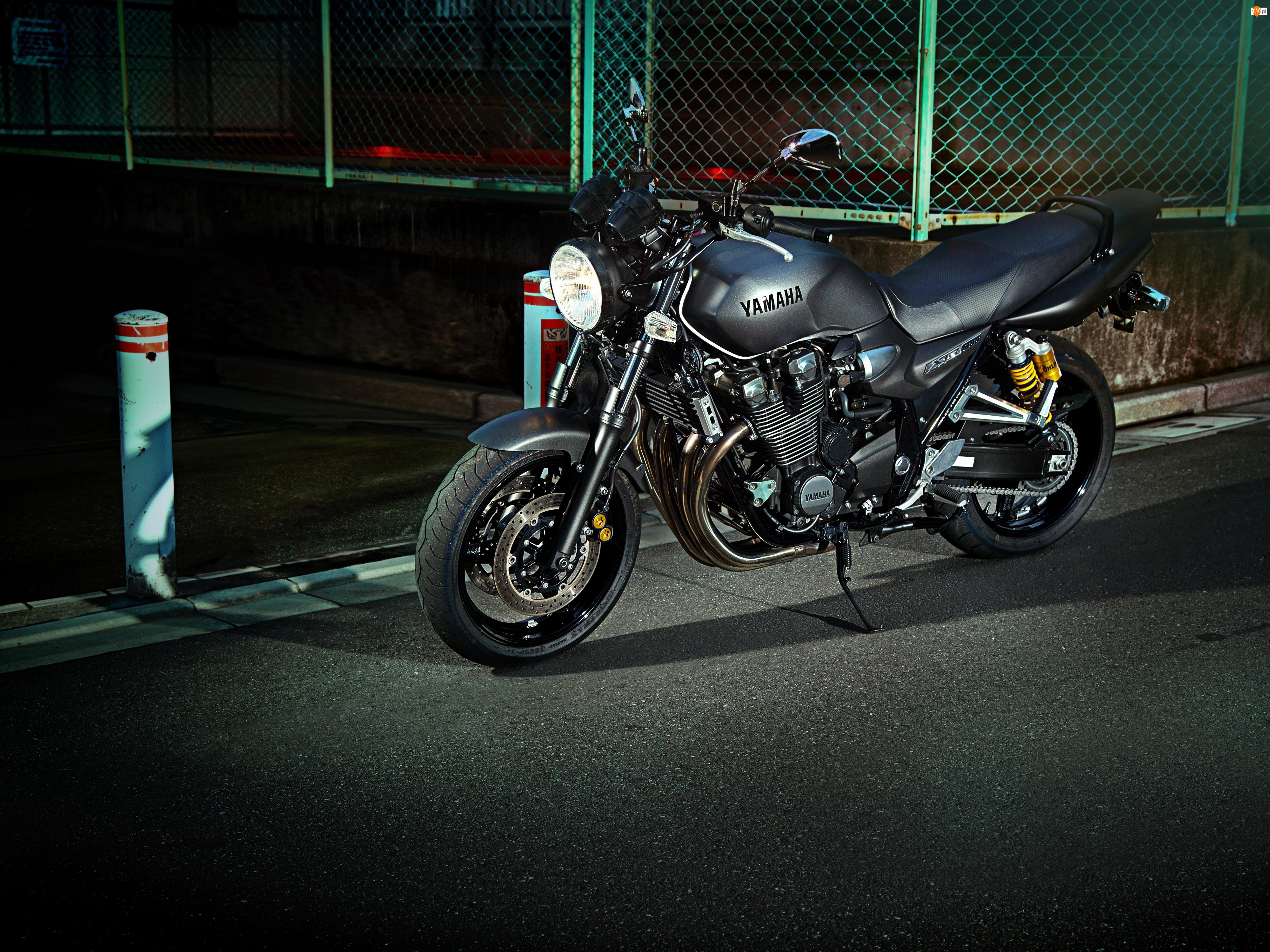 2014, Motocykl, Yamaha XJR1300