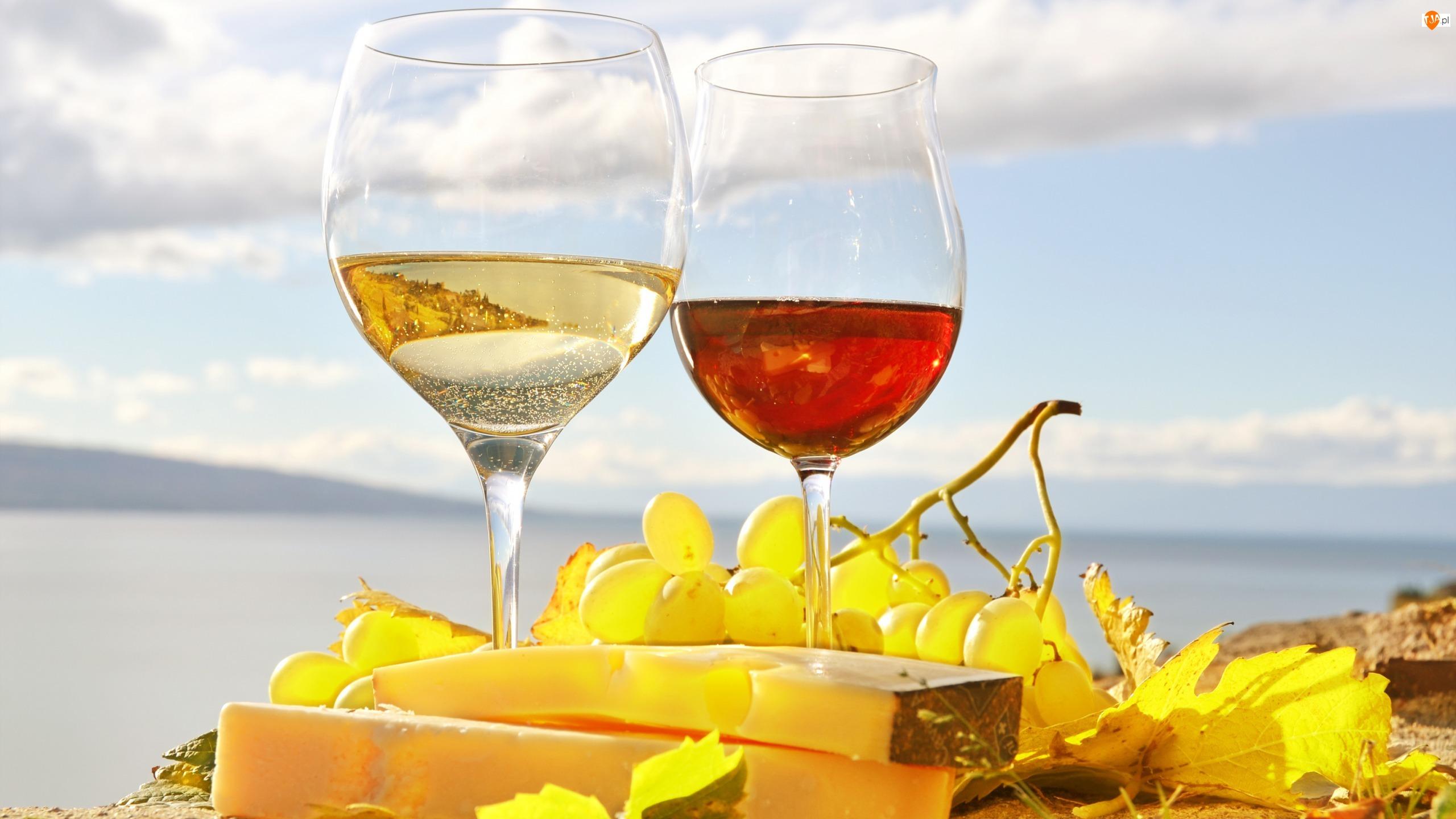 Rozmyte, Ser, Kieliszki, Wino, Tło, Winogrona, Niebo