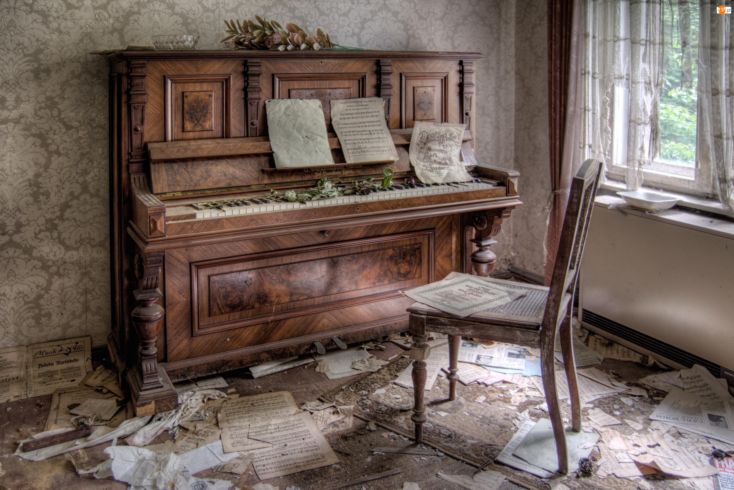 Krzesło, Zaniedbany, Pianino, Pokój, Bałagan