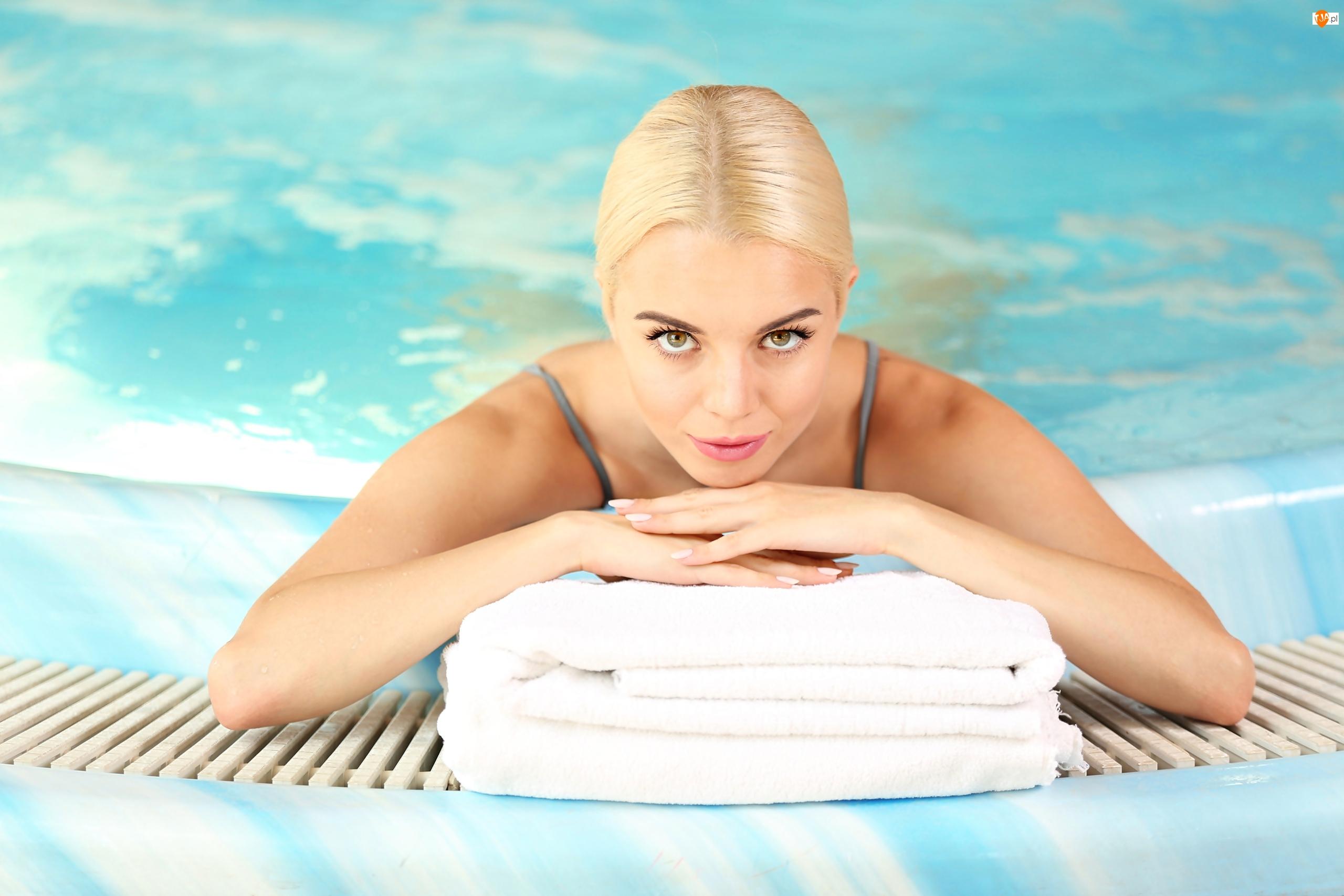 Kobieta, Ręczniki, Blondynka, Basen