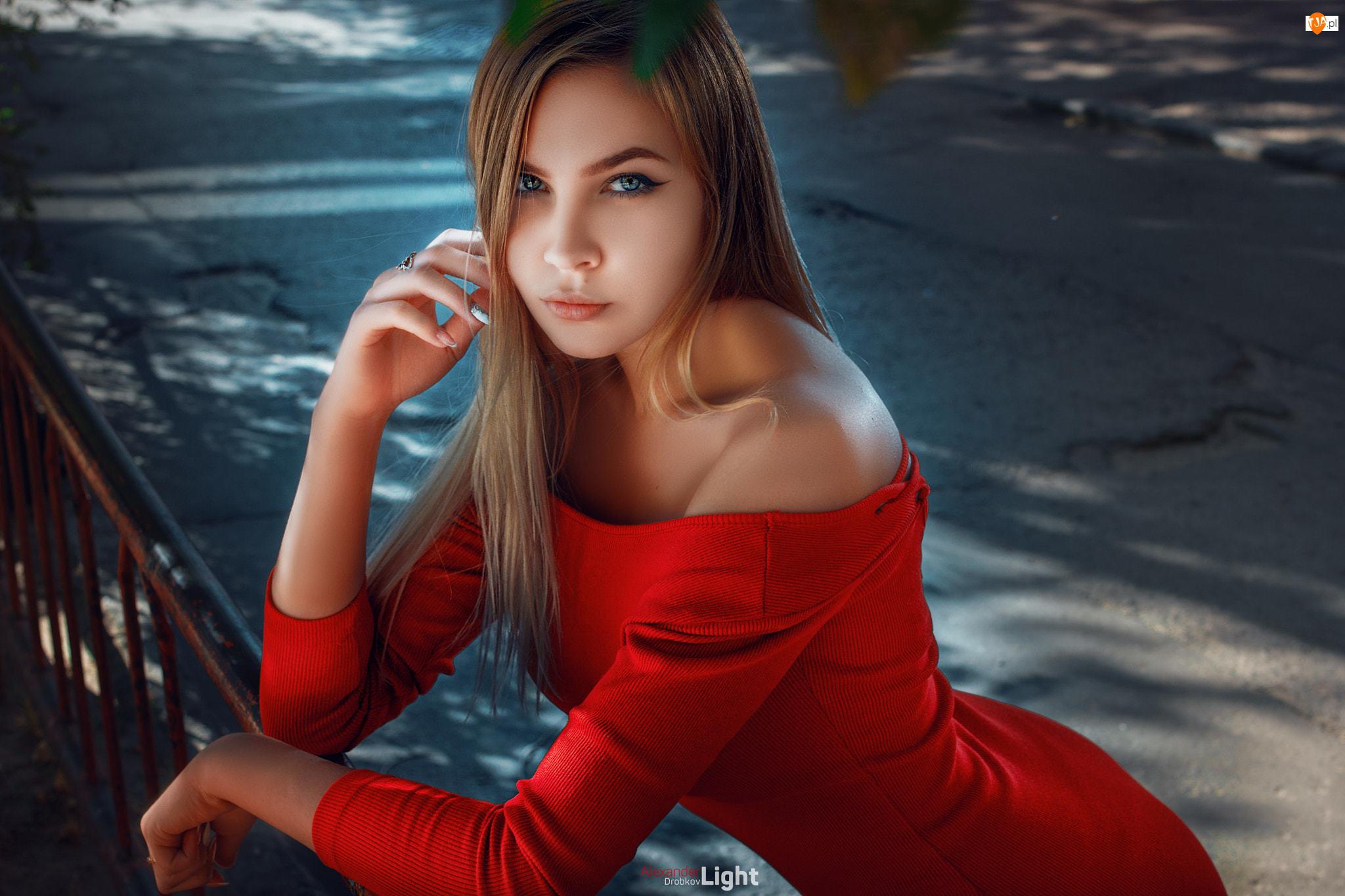Kobieta, Sukienka, Szatynka, Czerwona