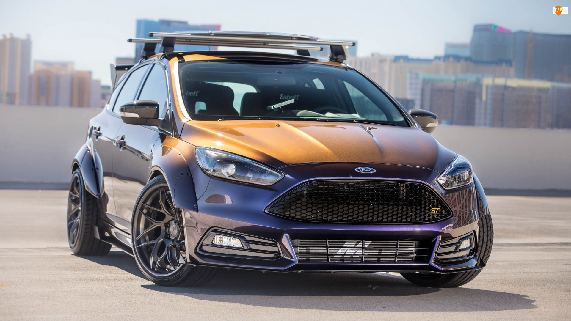 2017, Ford Focus ST Mk3, Blood Type Racing