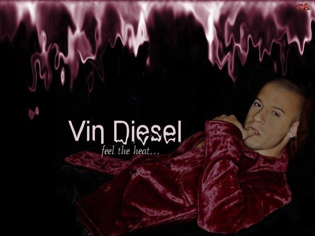 Vin Diesel, czerwona koszula