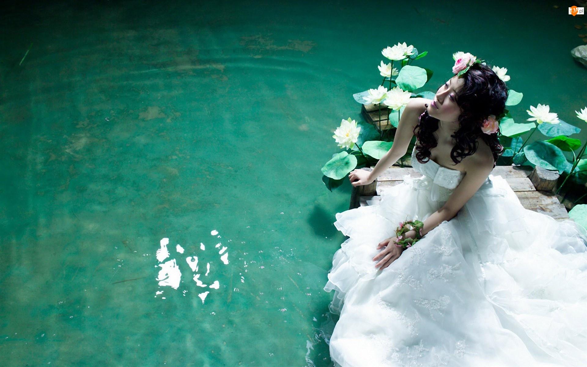 Японки под водой 19 фотография