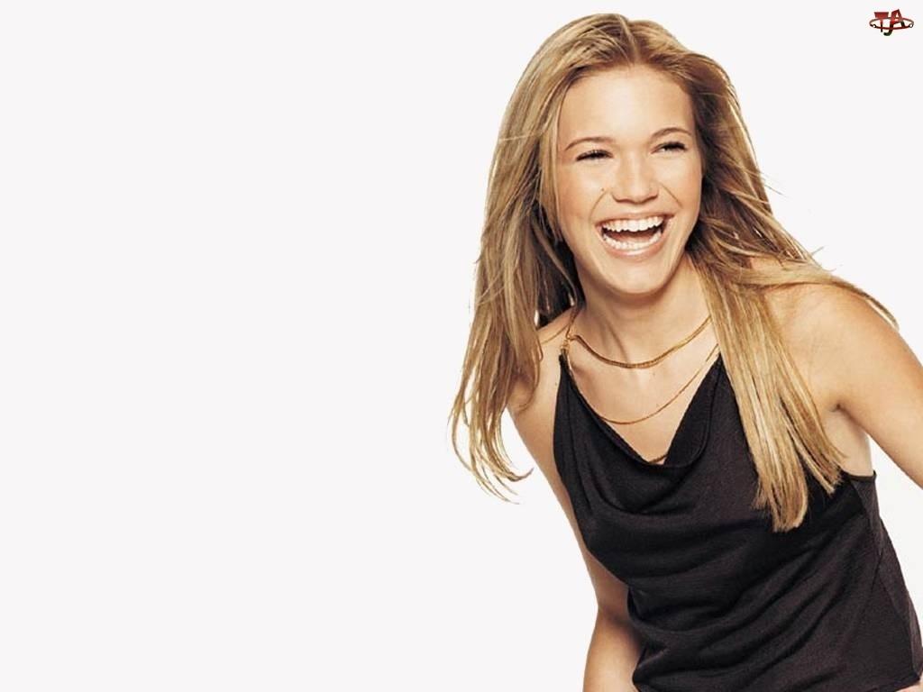 Mandy Moore, Uśmiech