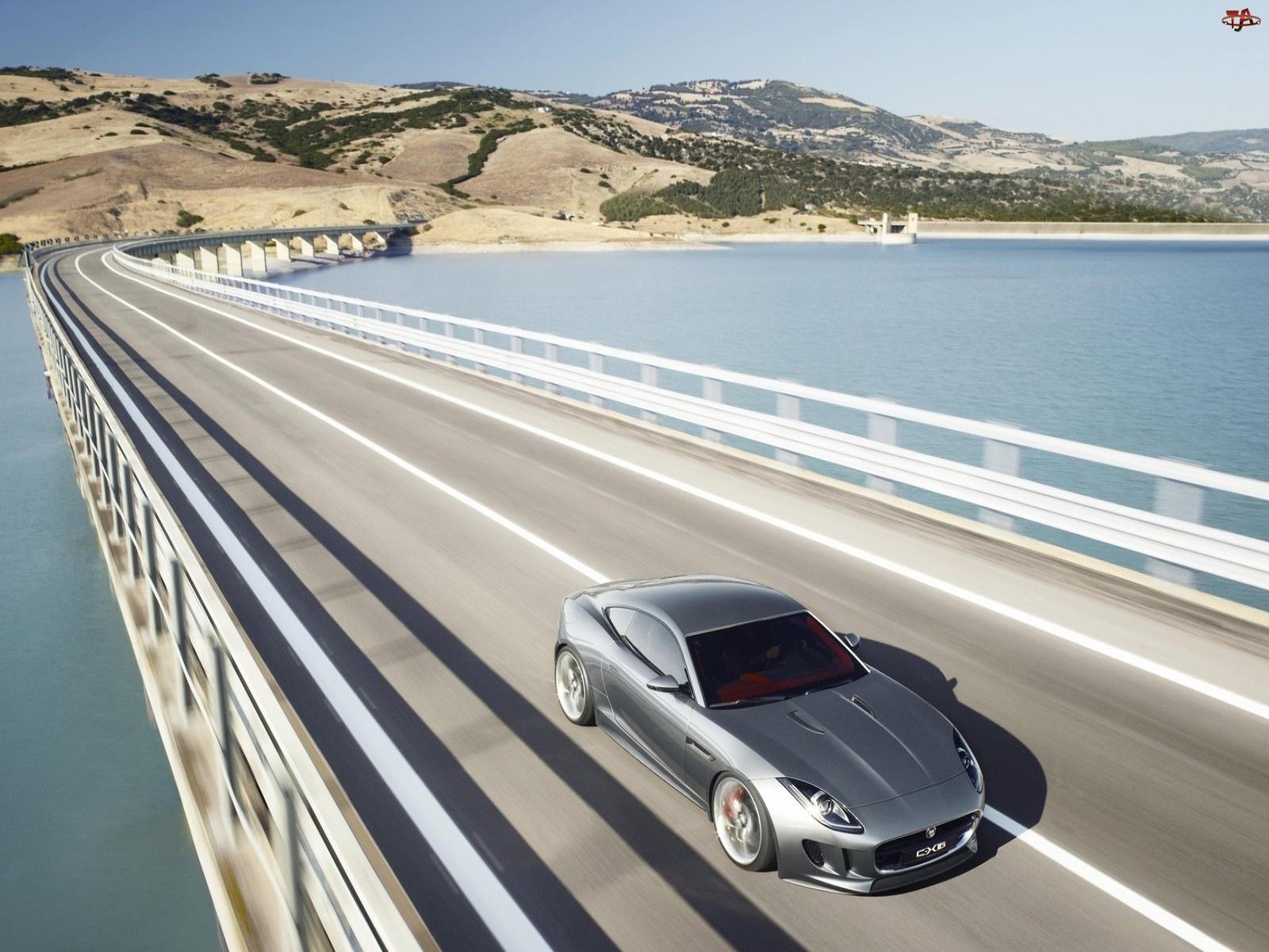 Jaguar C-X16, Most