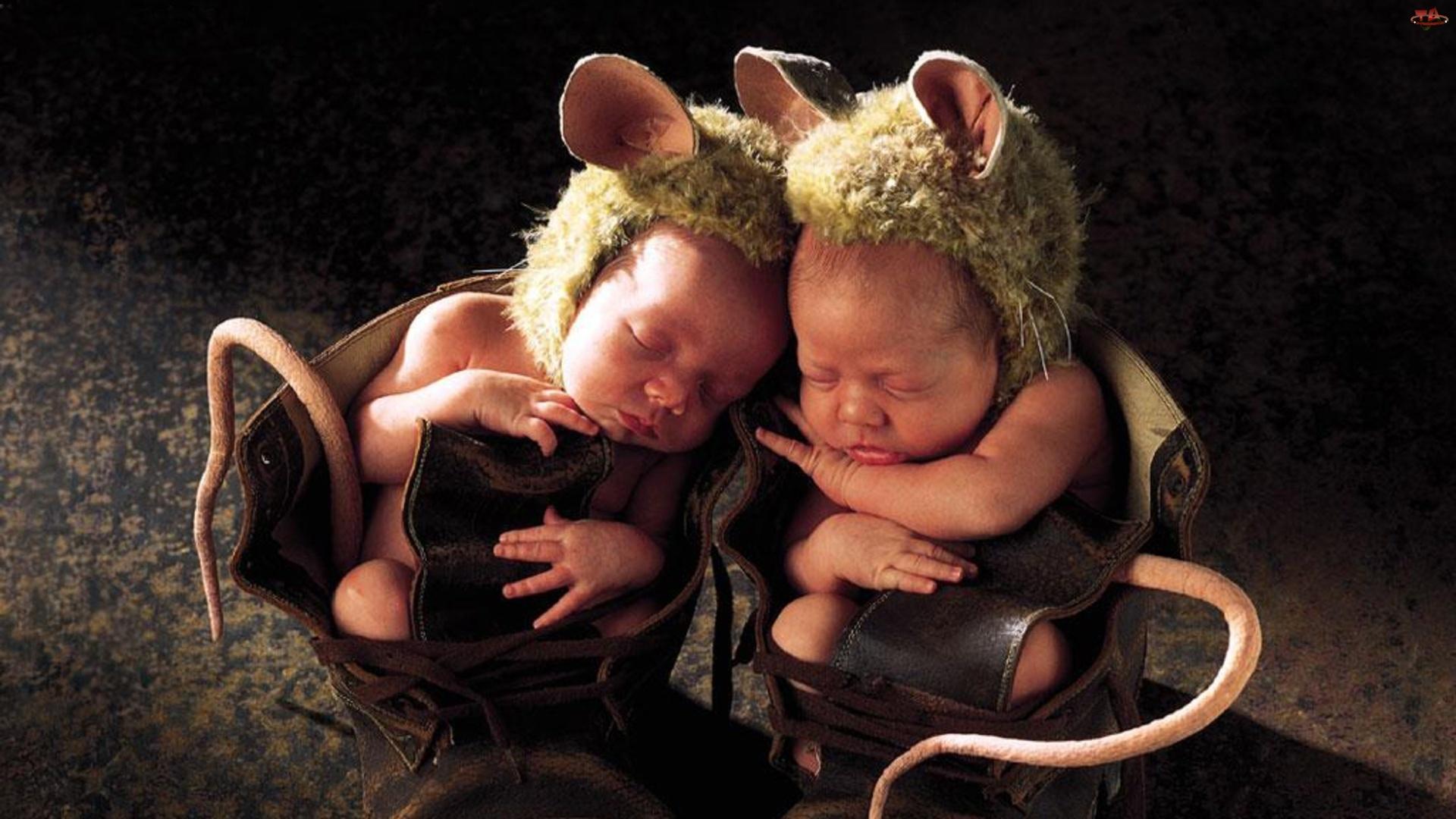 Открытки близнецам мужчинам