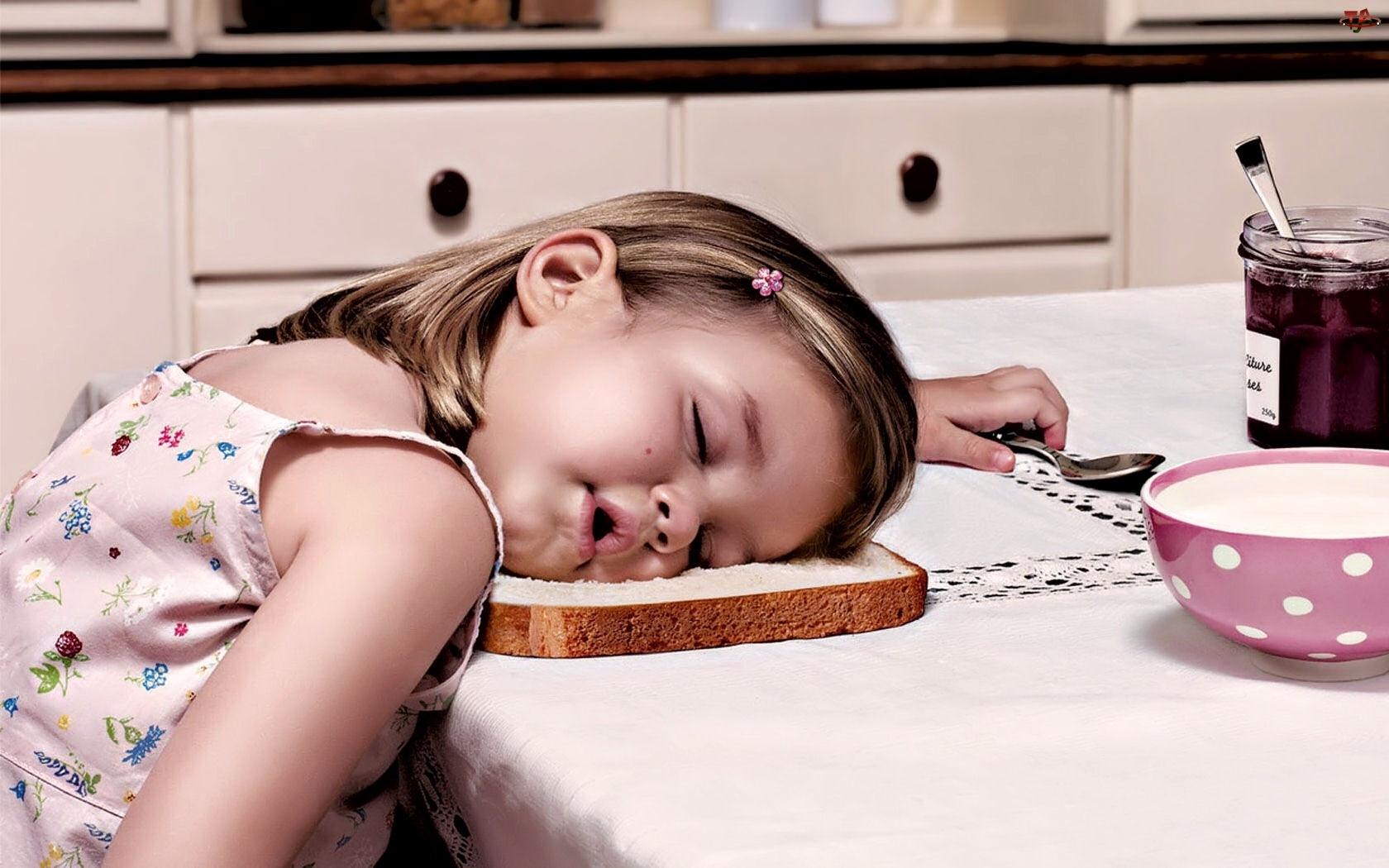 Chleb, Dziewczynka, Sen