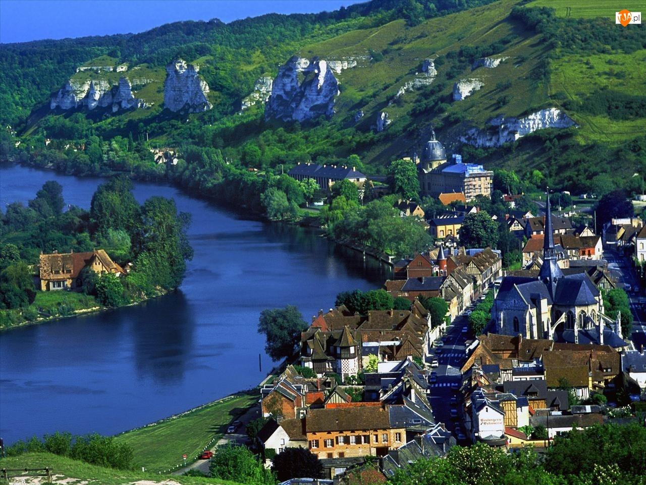 Francja, Rzeka, Miasto