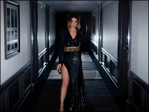Kate Beckinsale, Korytarz