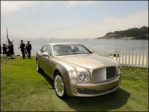 Bentley Mulsanne, Zatoka