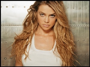 długie, Denise Richards, blond, włosy