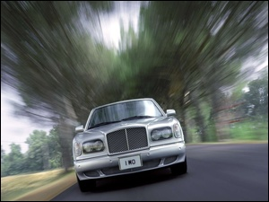 Maska, Przód, Bentley Arnage