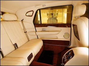 Kanapa, Bentley Arnage, Tylna