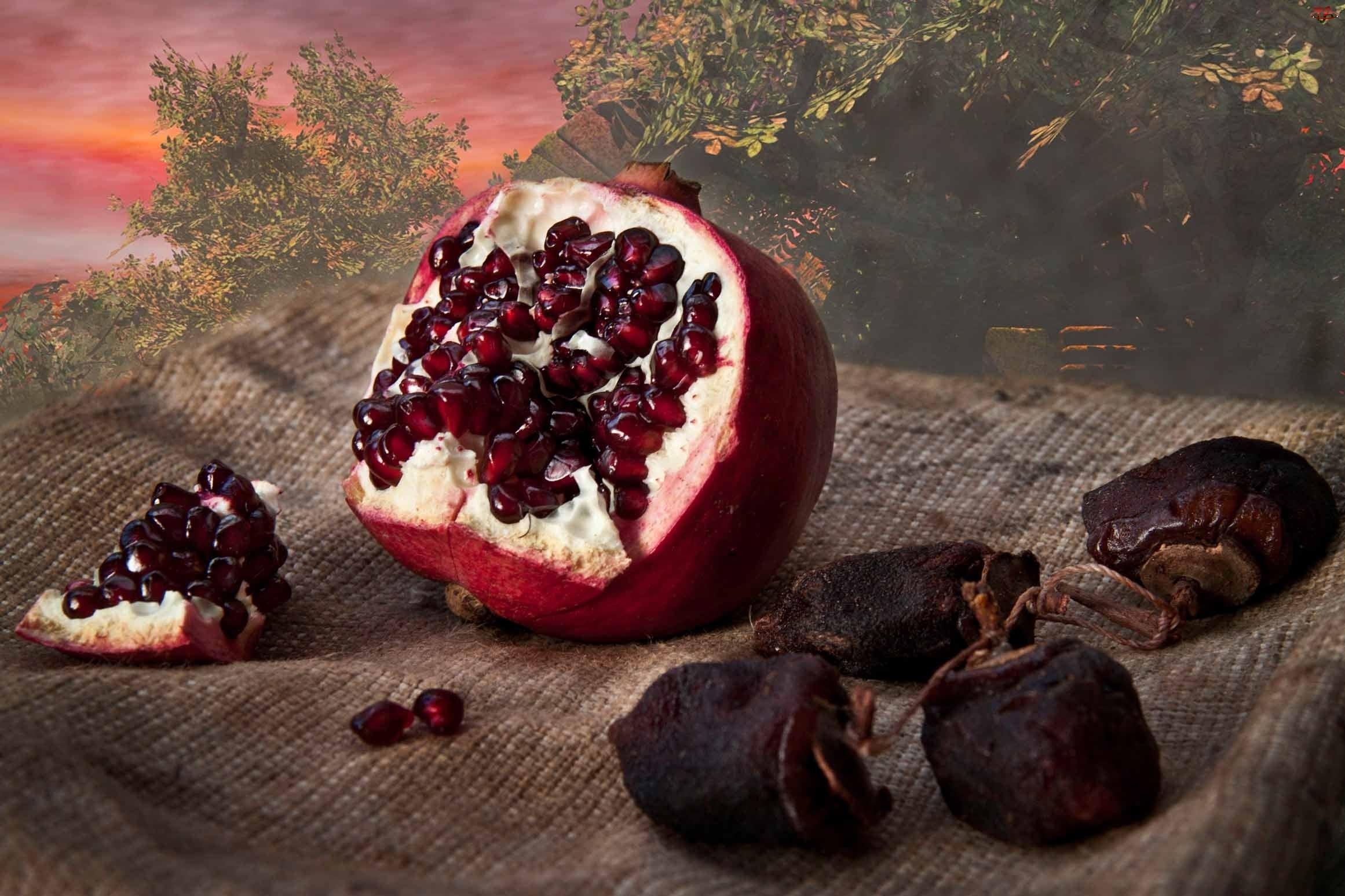 Granaty, Owoce