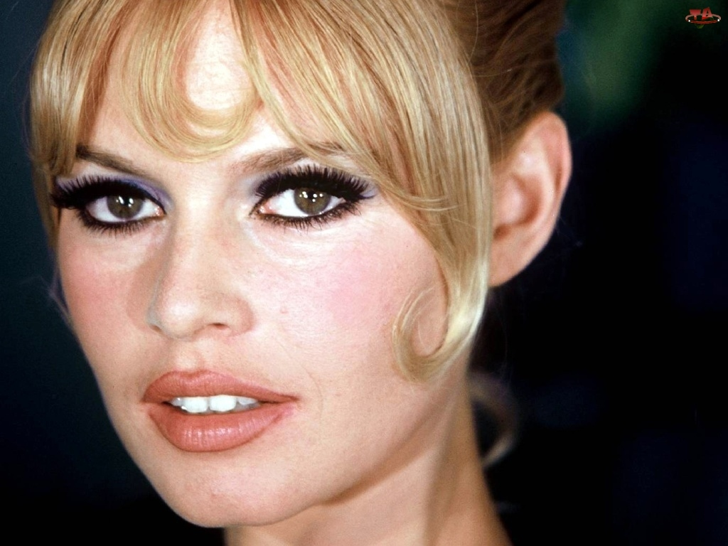 Brigitte Bardot, Kobieta, Aktorka