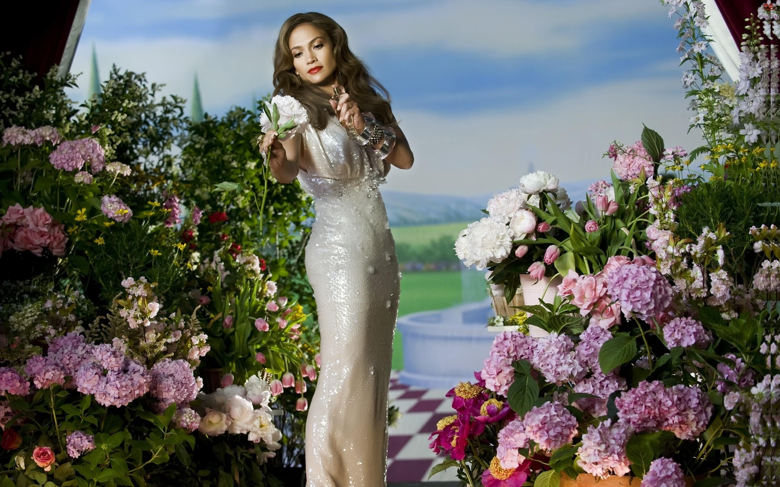 Jennifer Lopez, Perfumy, Wokalistka, Kwiaty