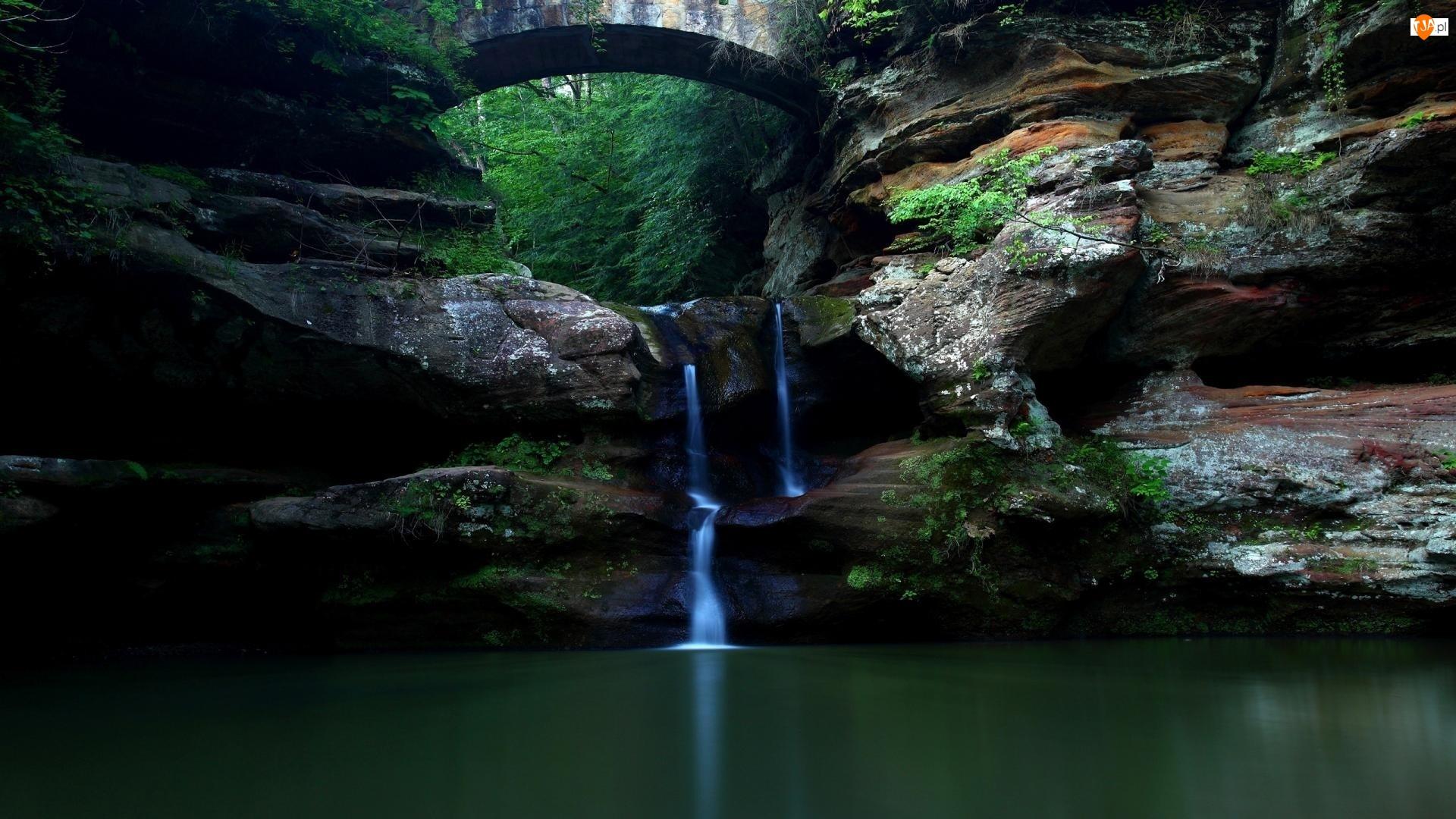 Jaskinia, Jezioro, Wodospadzik, Skały