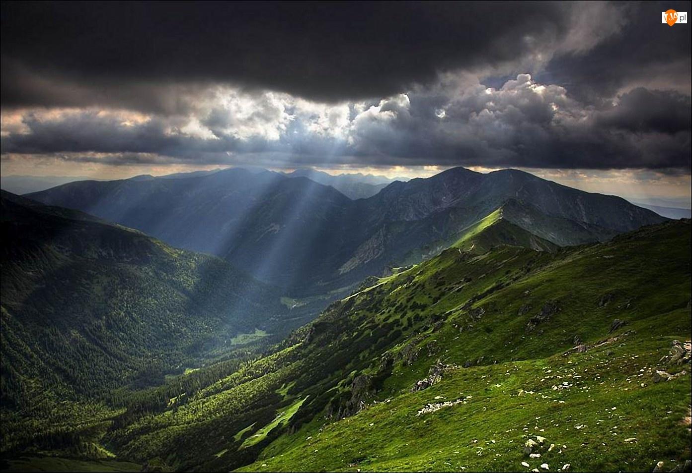 Słońca, Góry, Burzowe, Chmury, Promienie