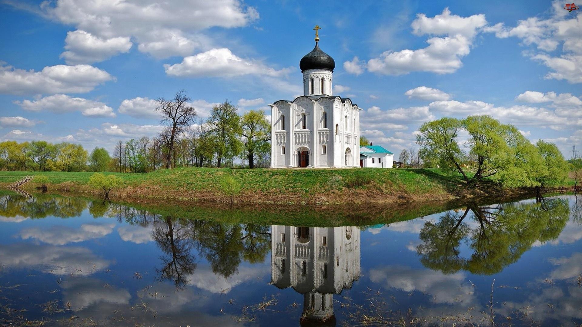 Cerkiew, Drzewa, Woda, Chmury