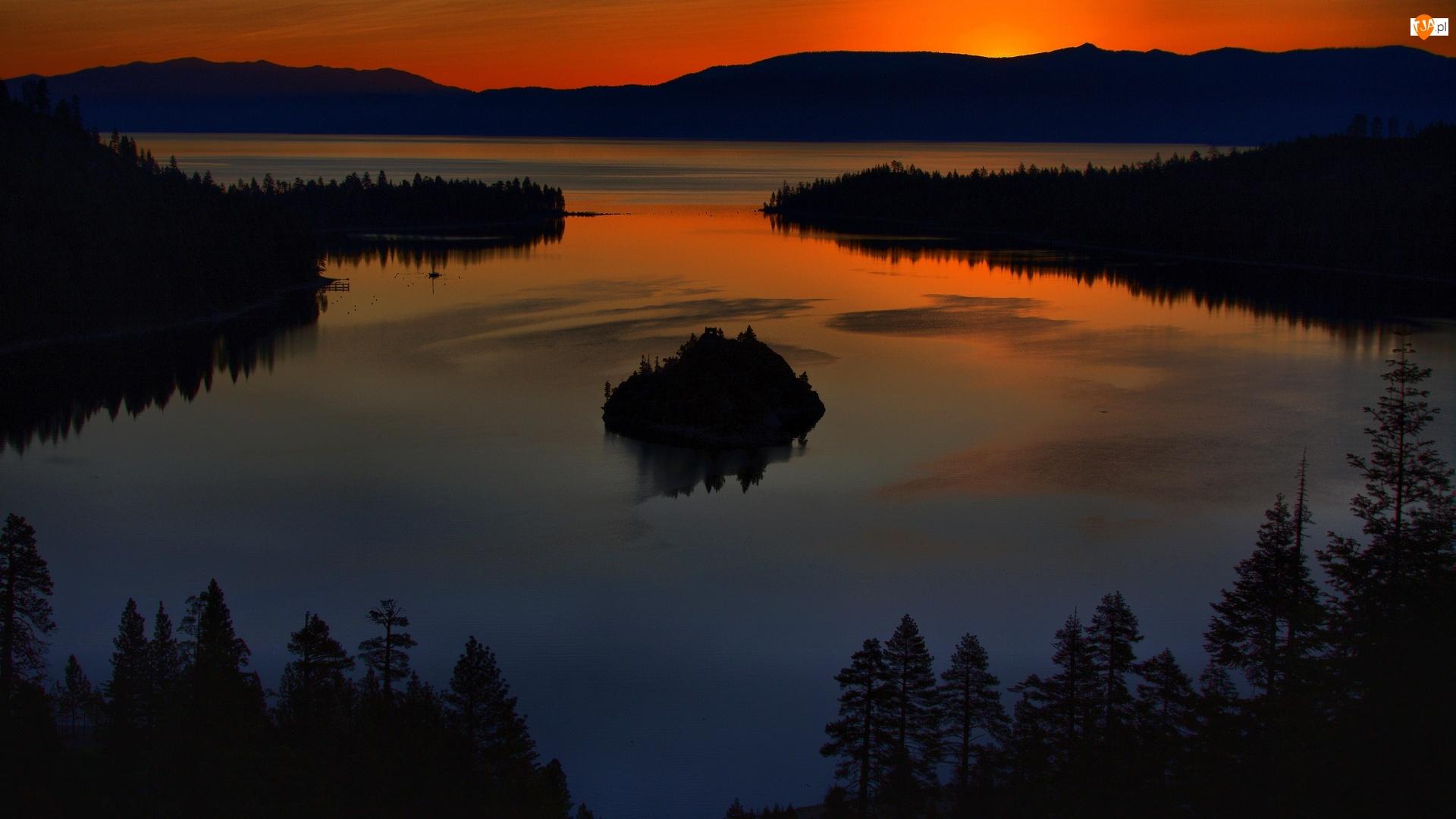 Drzewa, Zmierzch, Wzgórza, Jezioro