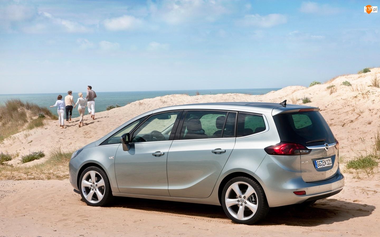 Wydmy, Opel Zafira III, Morze