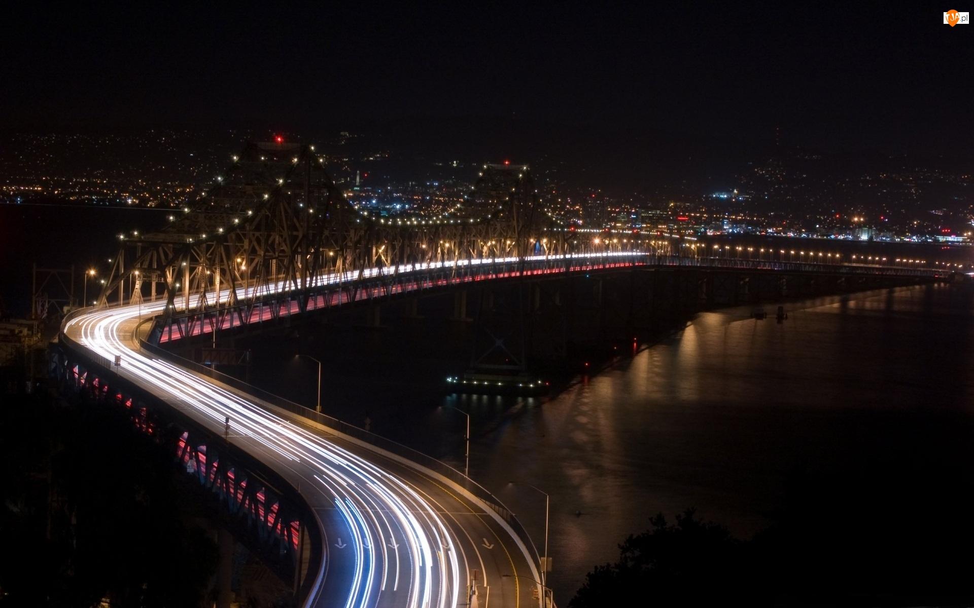 Most, Noc, Światła