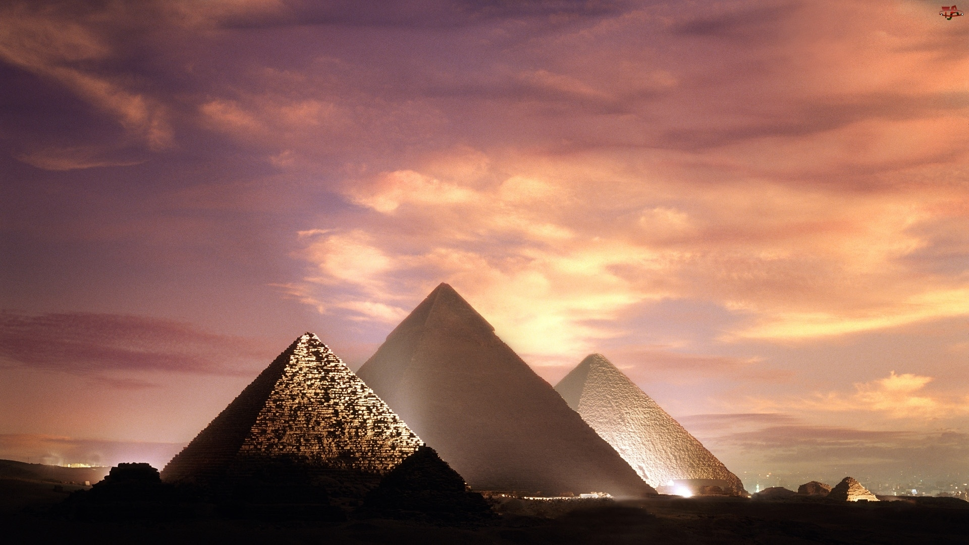 Piramidy, Zachód, Słońca
