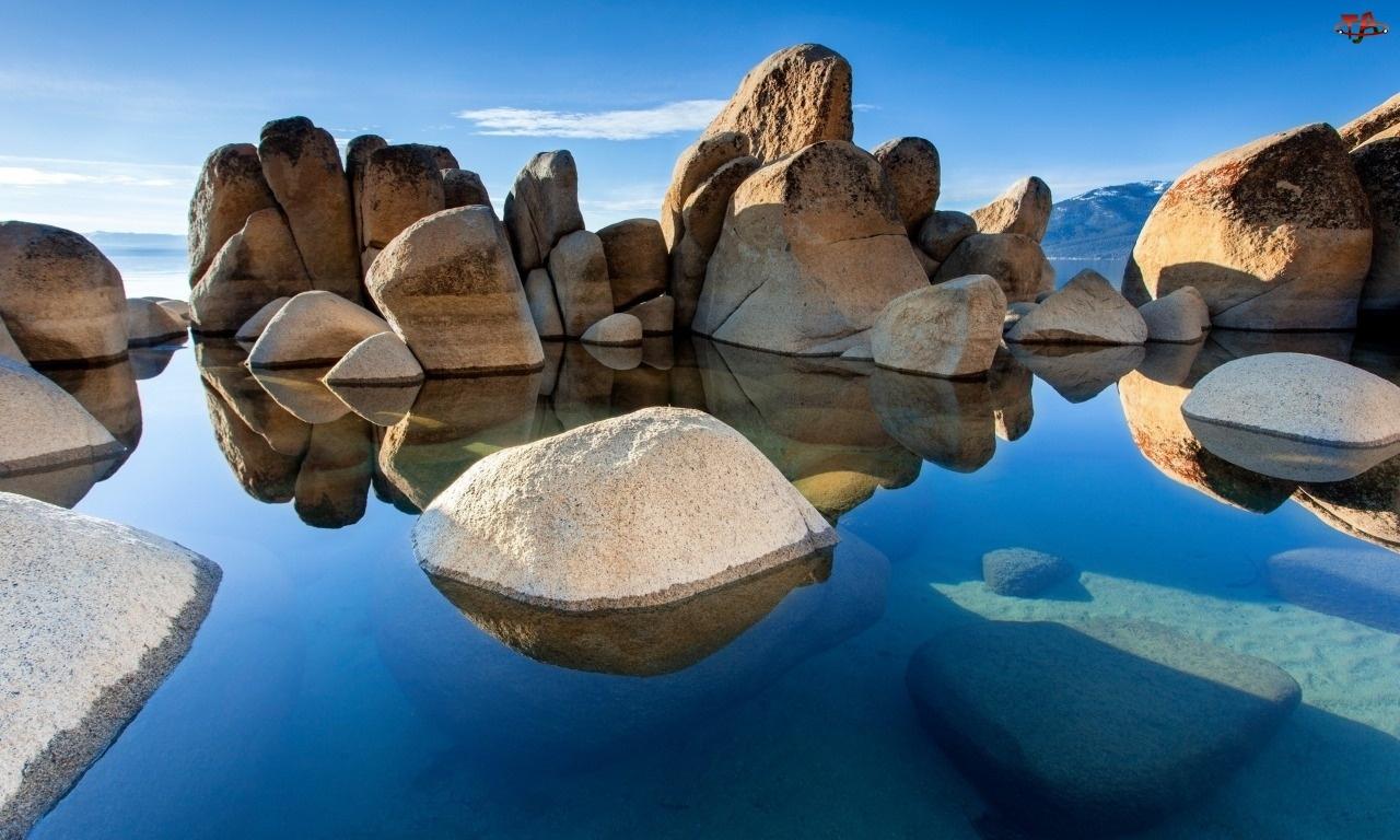 Morze, Kamienie
