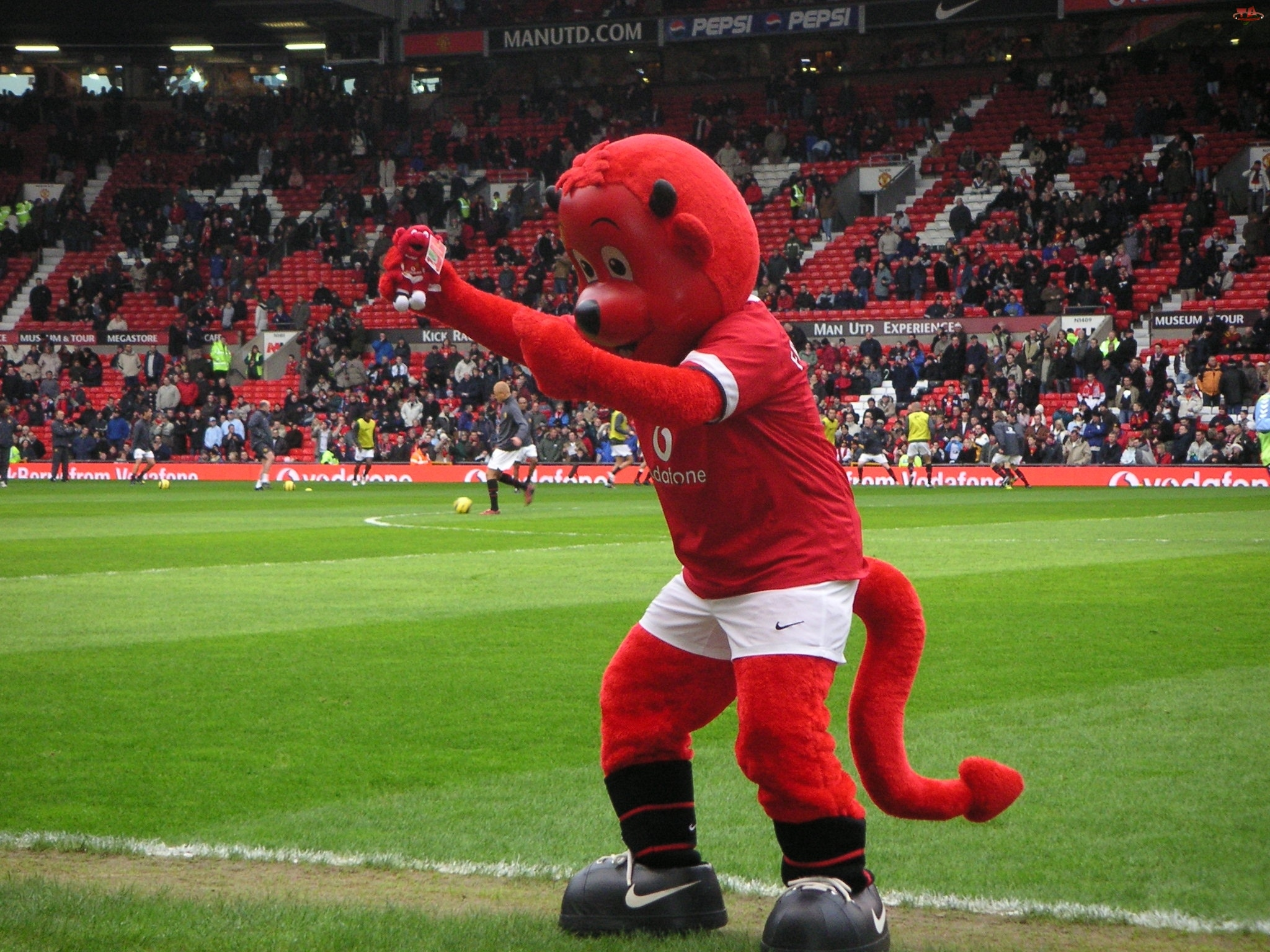 Maskotka, Manchester United, Czerwona