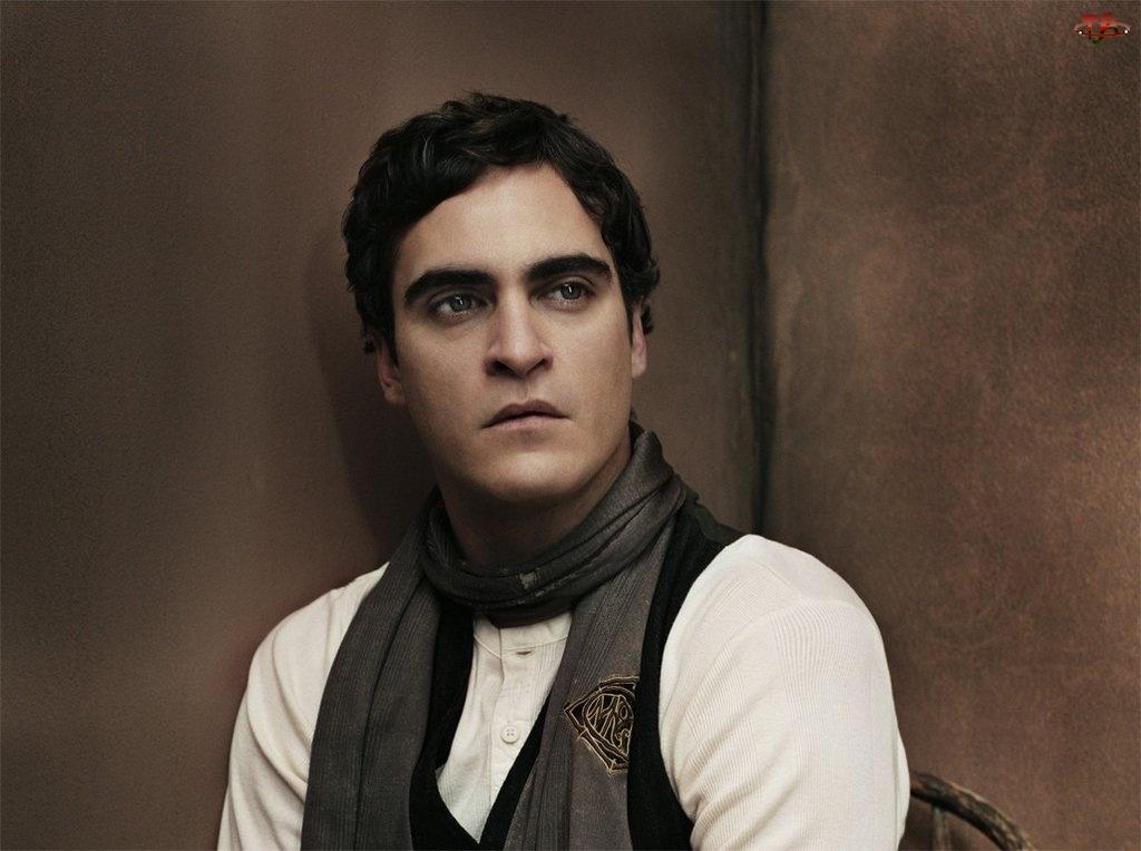 szalik, Joaquin Phoenix, ciemne włosy